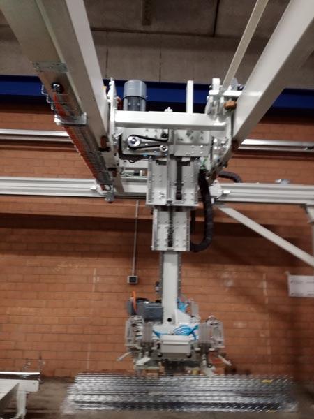 Pallettizzatore-telescopico-cartesiano