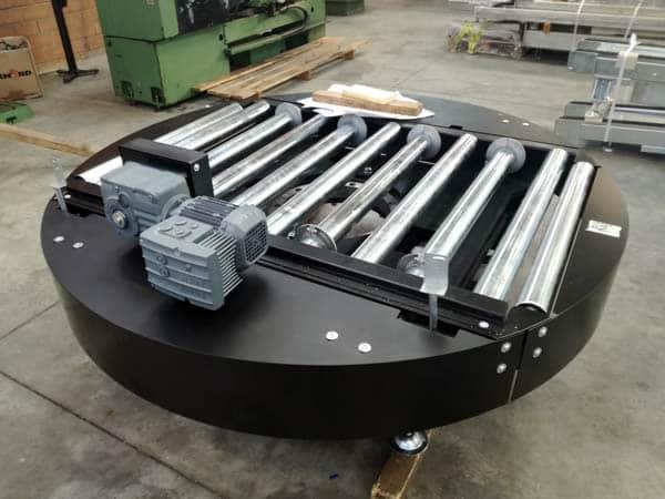 Piattaforma-rotante-a-rulli-e-catene