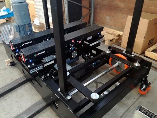 Progettazione-e-costruzione-navette-per-trasporto-pallet